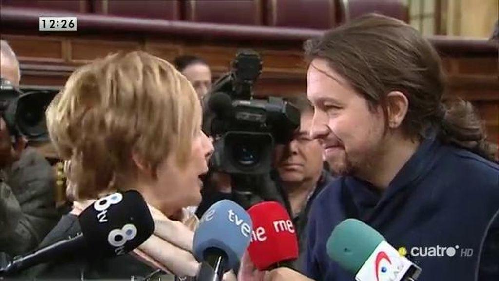 Villalobos 'regaña' a Pablo Iglesias en el Congreso por llamar corrupto al PP