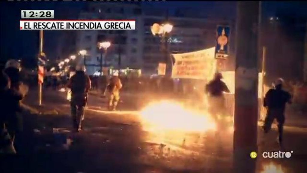 Disturbios en Atenas en una manifestación contra el acuerdo