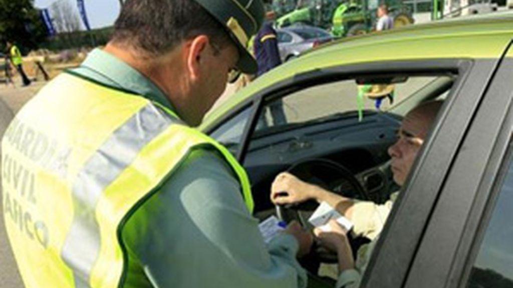 Los ciudadanos que cometan una infracción en un país de la Unión tendrán que abonar la multa FOTO: EFE