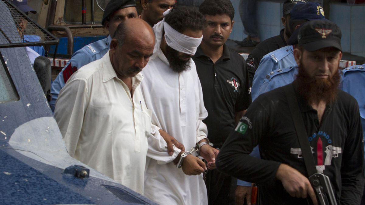 El imán detenido por culpar a una niña de blasfemia en Pakistán