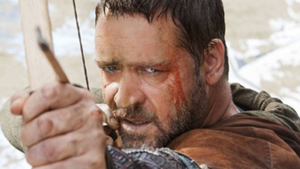 """Russell Crowe, en su última película 'Robin Hood'. El actor ha creado una polémica sobre la circuncisión en Twitter al calificarla de """"barbárica""""."""