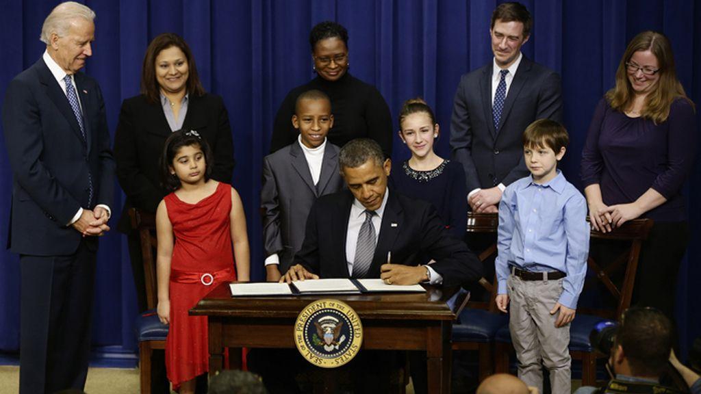Obama presenta 23 nuevas medidas para dificultar el acceso a las armas