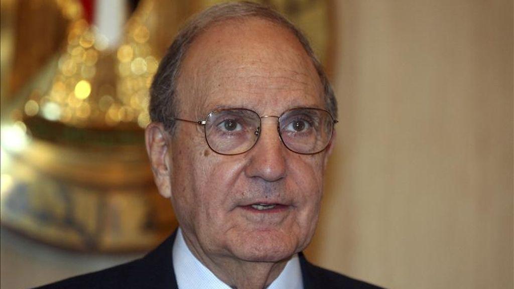 Designado para el puesto el 22 de enero de 2009, Mitchell había jugado ya un papel clave en el logro del acuerdo de paz en Irlanda del Norte en 1998 y actuó también como mediador de la Administración del presidente George W. Bush. EFE/Archivo