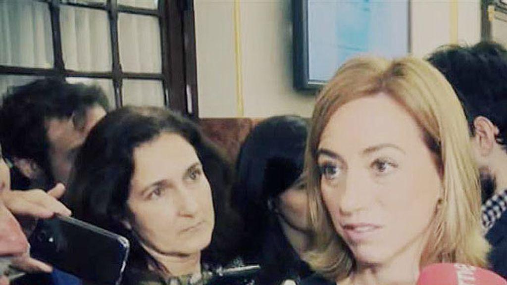 """Carme Chacón: """"No hacía falta que Bescansa trajera su bebé al Congreso"""""""