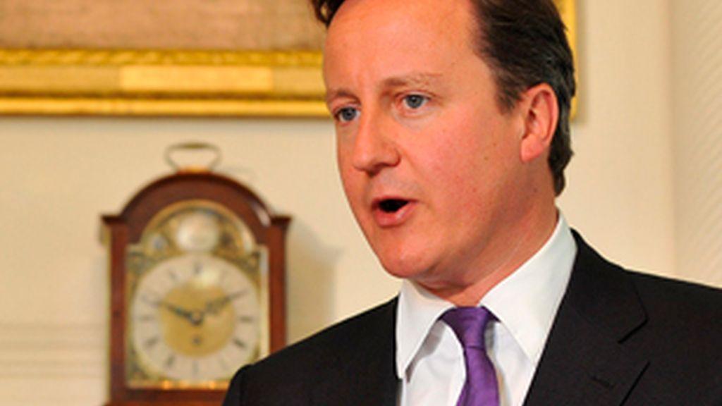 """Cameron ha anunciado que va a ordenar una investigación pública sobre el """"vergonzoso"""" escándalo de las escuchas telefónicas. FOTO: EFE"""