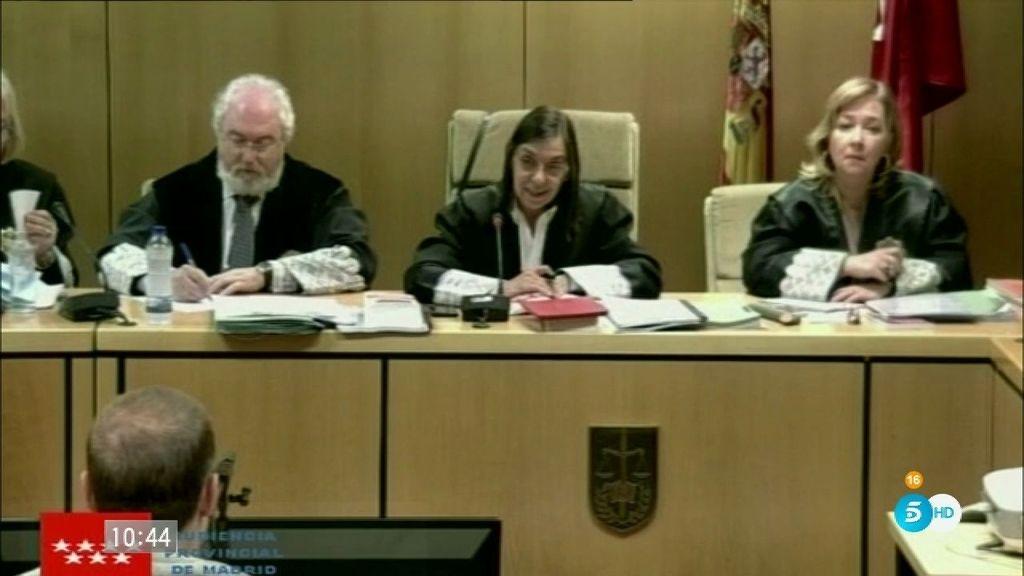 Antonio Ortiz esboza una sonrisa cuando ha rechazado presar testimonio