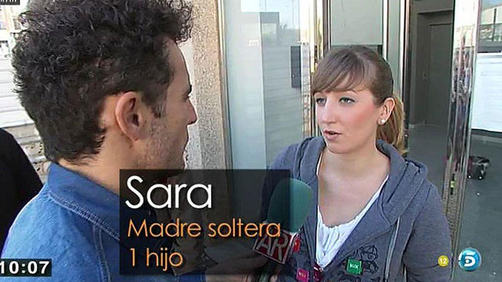 Varias familias gaditanas 'okupan' un edificio en Cádiz