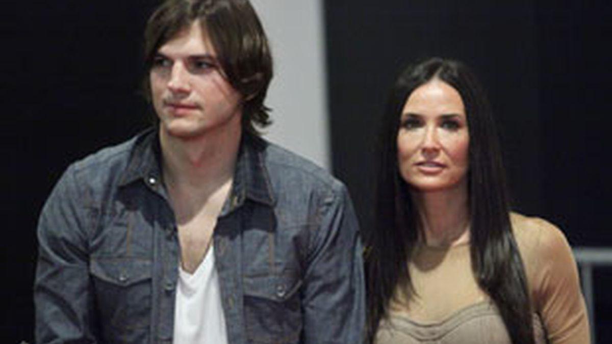 Ashton Kutcher y Demi Moore, el centro de todas las miradas. Foto: Gtres