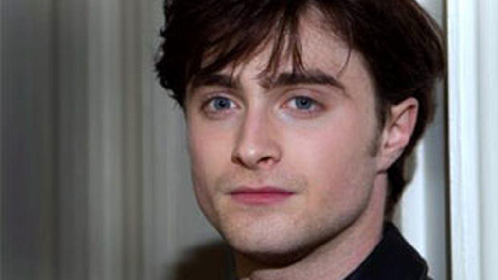 El protagonista de 'Harry Potter' admite haber sufrido serios problemas con el alcohol. Foto: AP.