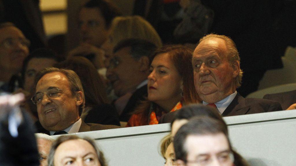 El rey, en el palco del Bernabéu