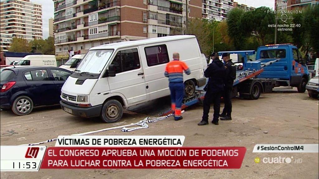 Mueren dos hombres por la mala combustión de una estufa en la furgoneta donde vivían