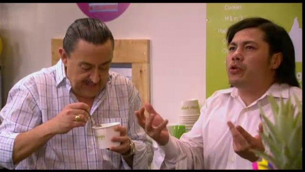 Mauricio crea su propio yogur helado