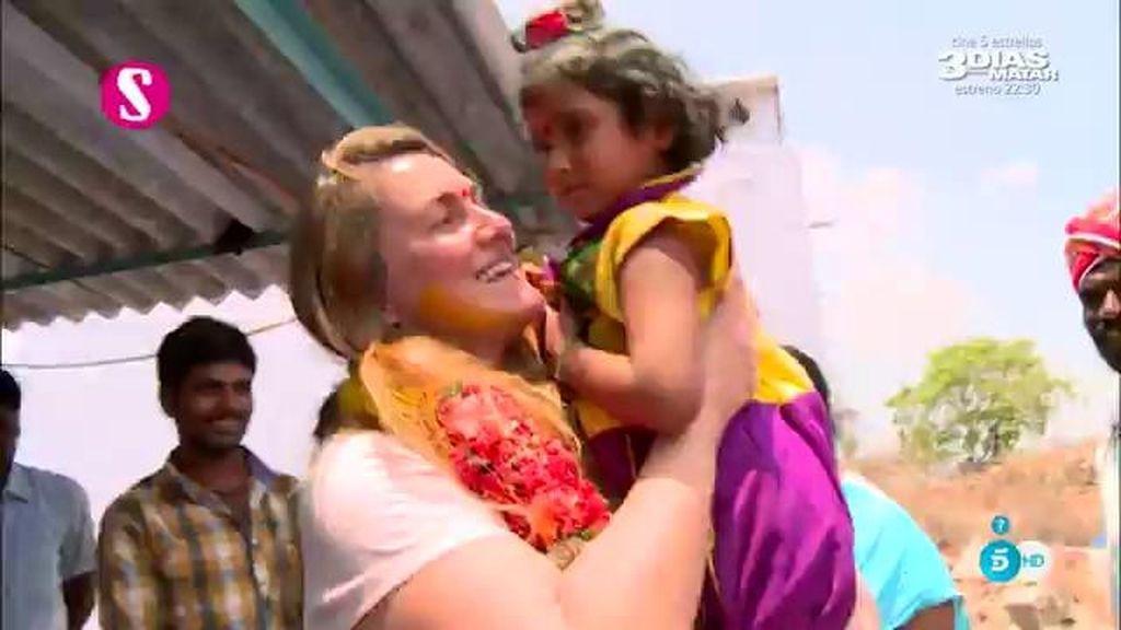 """La viuda de Vicente Ferrer: """"Si apadrinan niños de Anantapur cambiaran sus vidas"""""""