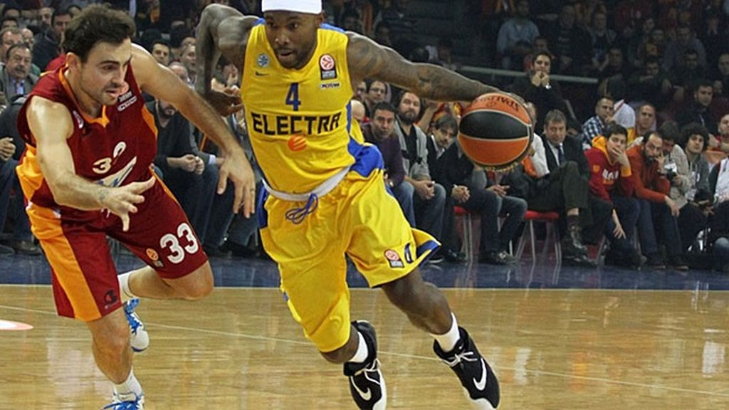 El Maccabi da la vuelta al partido ante el Galatasaray en el último cuarto (84-90)