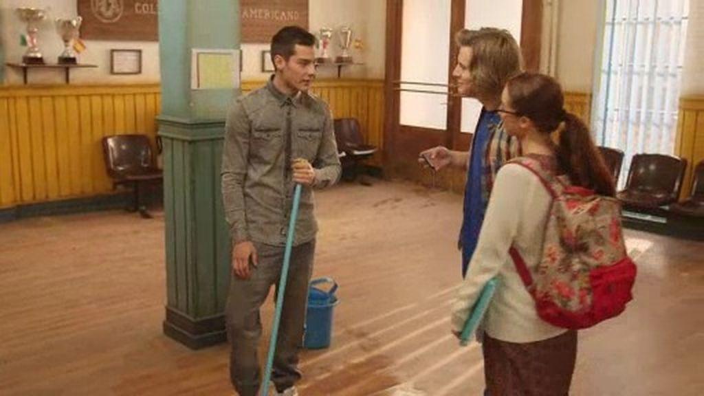Diego y Elena descubren la verdad y David tiene que enfrentarse a su castigo