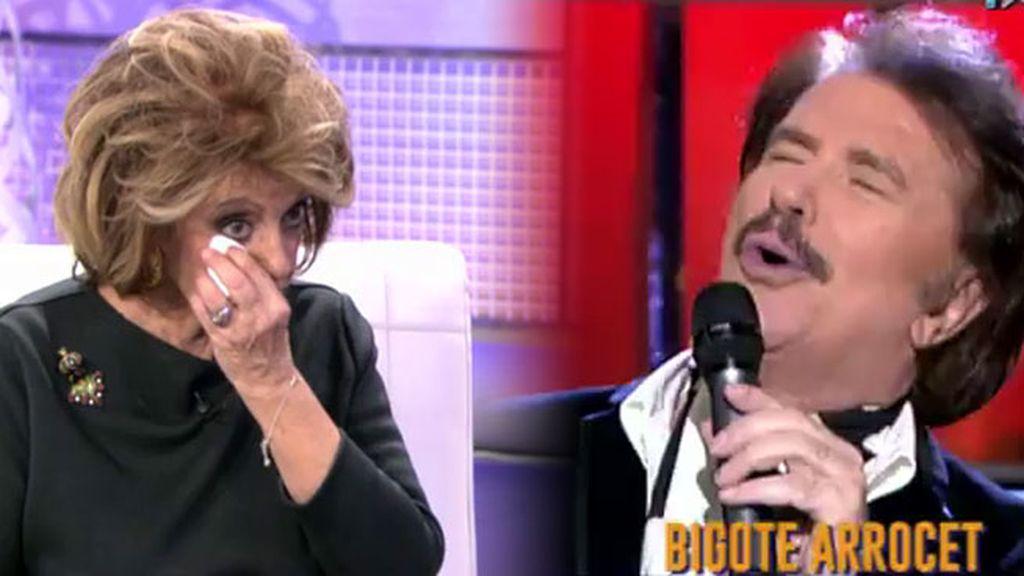 Mª Teresa llora con la actuación de Bigote Arrocet dedicada a Manuela Carmena