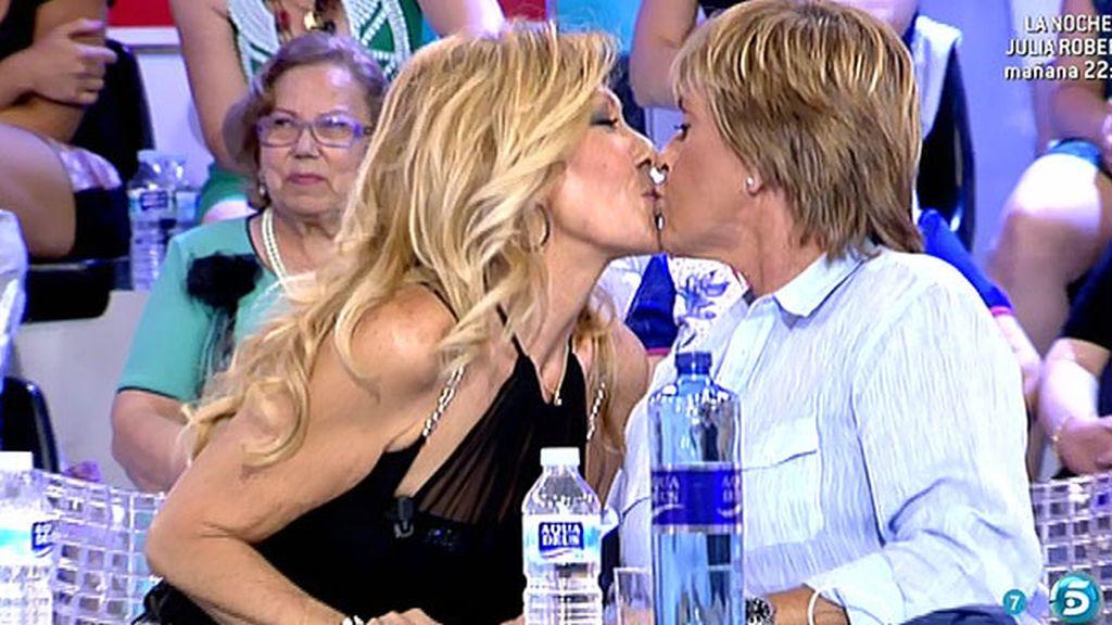 El festival de besos de Chelo Gª Cortés