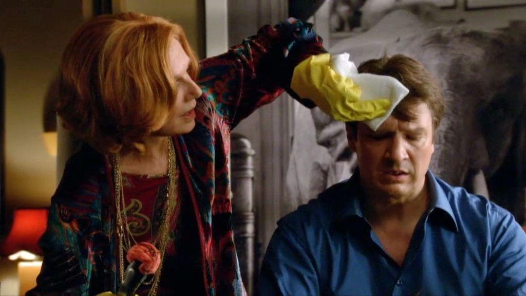 """Castle: """"Mi única experiencia quirúrgica fue con un tipo al que se le iluminaba la nariz cuando la cagaba"""""""