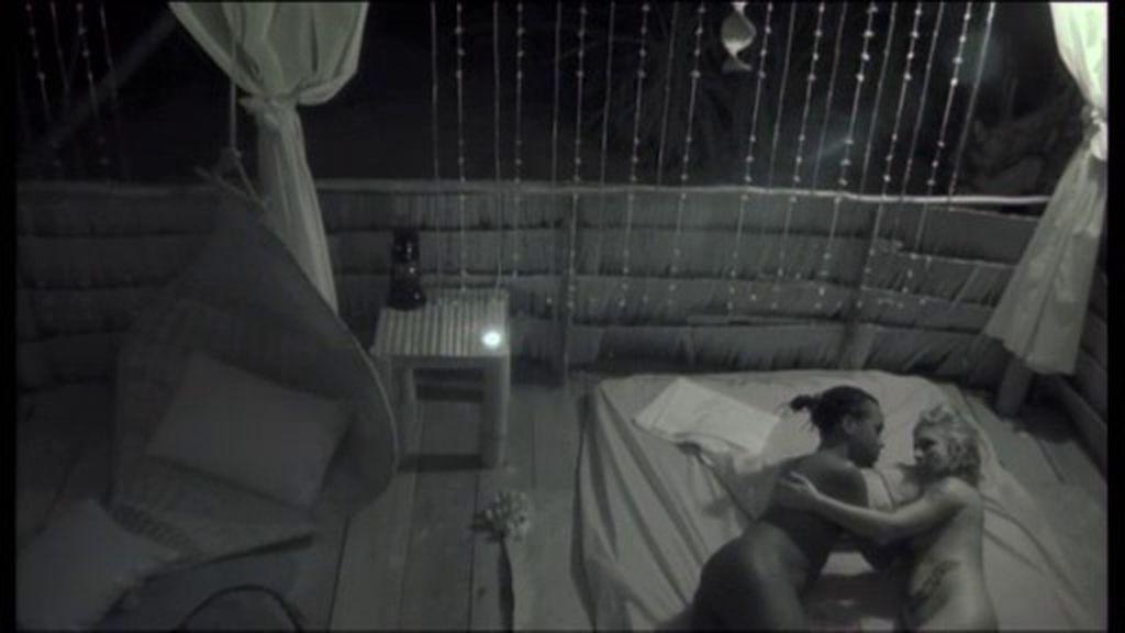 Lenni y Miriam, una noche de pasión tras arreglar el momento 'cobra'