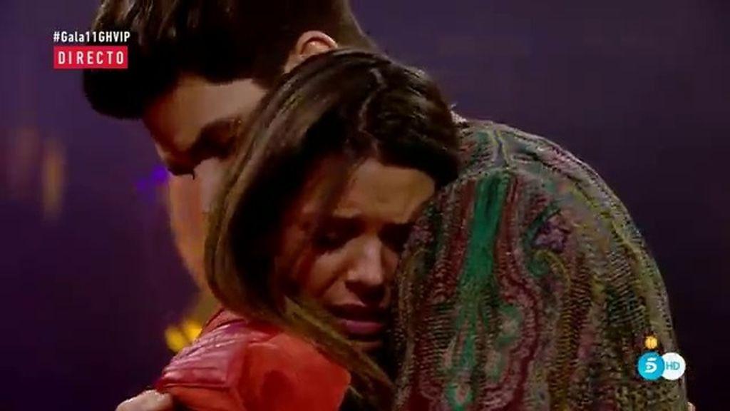 """Laura recibe la sorpresa de su hermano Diego: """"Tienes mucho apoyo fuera"""""""