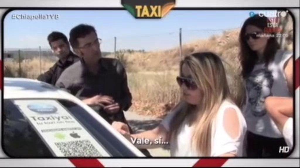 Javier Abascal y el taxista borracho y daltónico la vuelven a liar