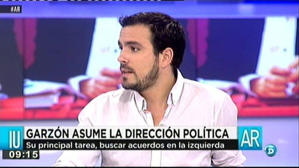 """Alberto Garzón: """"Queremos nacionalizar la electricidad y el agua"""""""