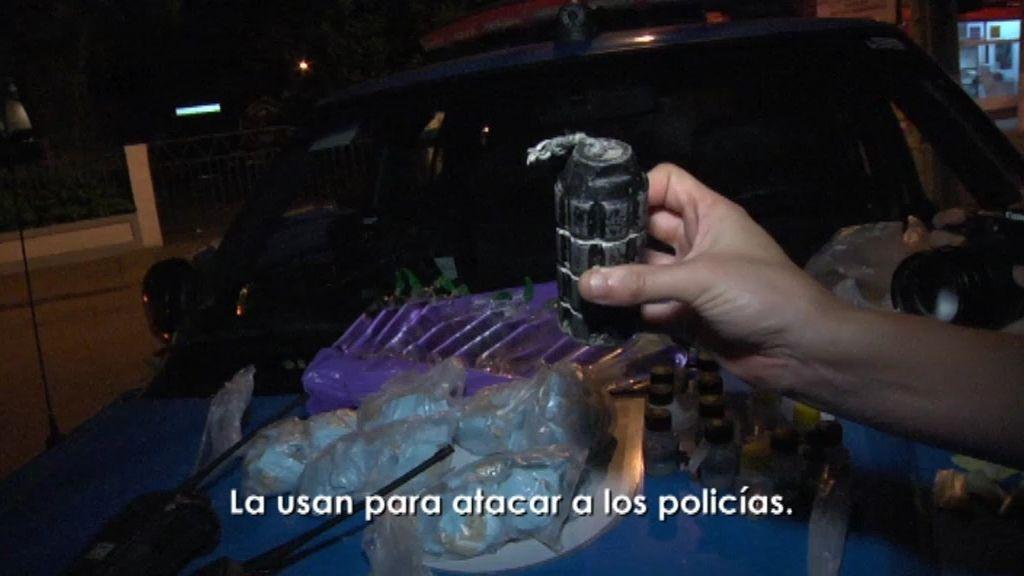 Cocaína, una pistola y una granada aparecen tras una redada