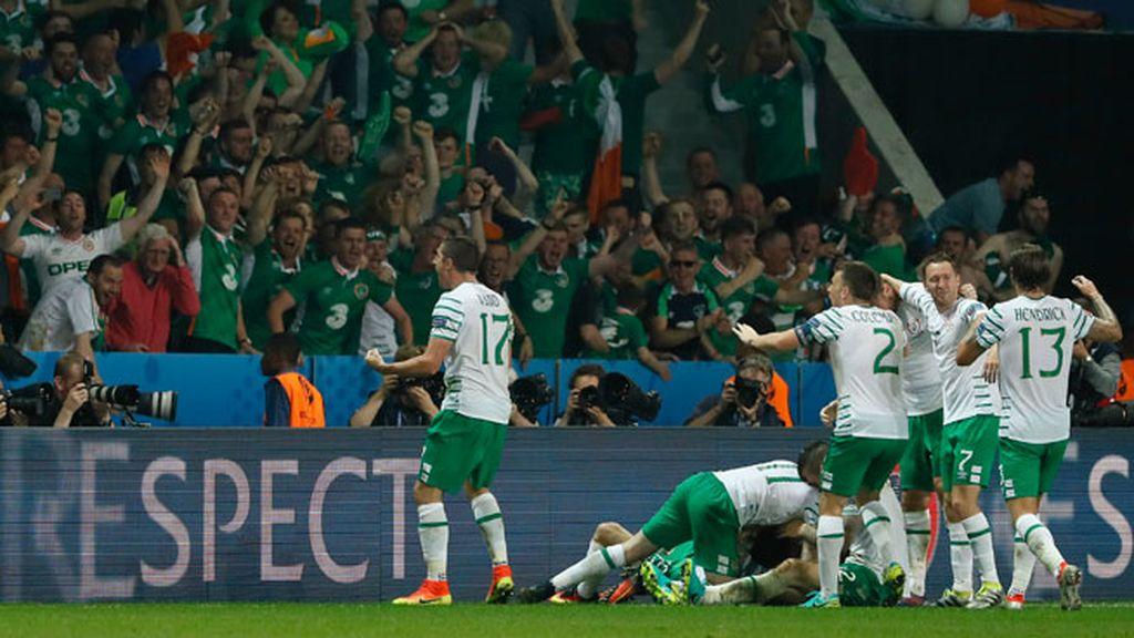 ¡Gol de Irlanda! Brady hace el gol de la victoria y de la clasificación