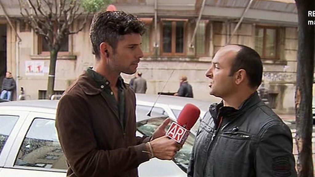 """Ricardo, testigo de la detención de Montserrat y Triana: """"Iban vestidas de señoras de la limpieza"""""""