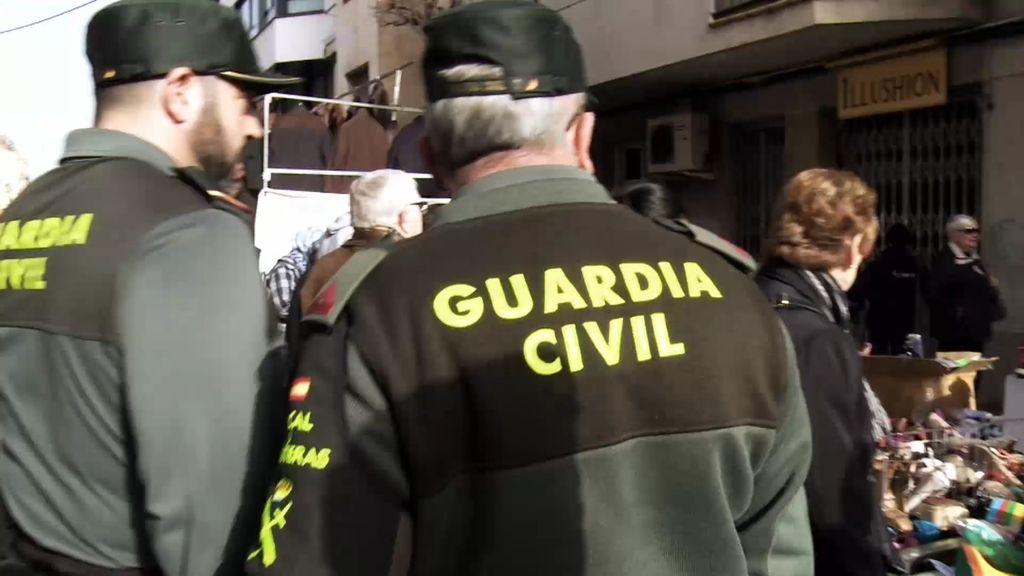 La Guardia Civil abre un acta por contrabando a una vendedora