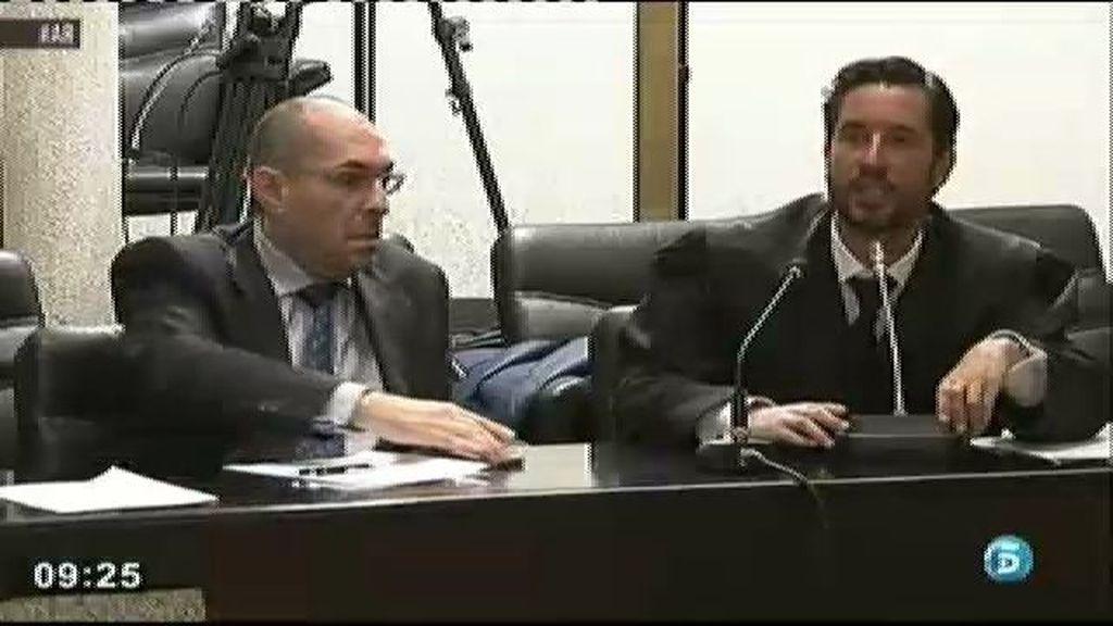 Una preferentista multada por gritar en contra de Blesa durante su declaración