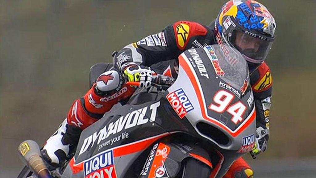 Folger reina en la lluvia de Brno y Rins recorta a Zarco en el Mundial de Moto2