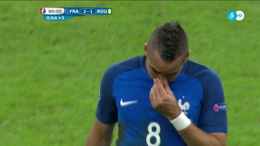 Payet no aguanta la emoción y rompe a llorar tras la atronadora ovación de Saint Denis