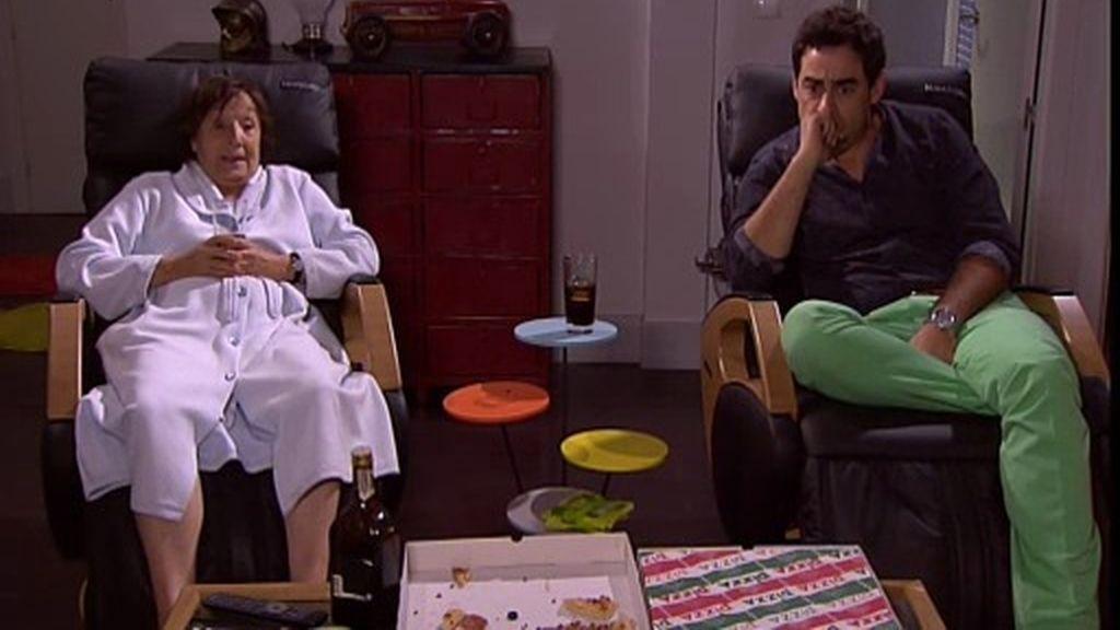 Amador intenta ganarse a Alba pero acaba recurriendo a los consejos de Fina