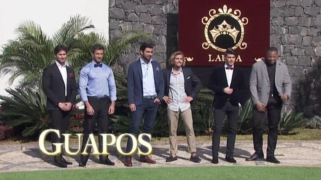 Laura conoce a sus 24 caballeros