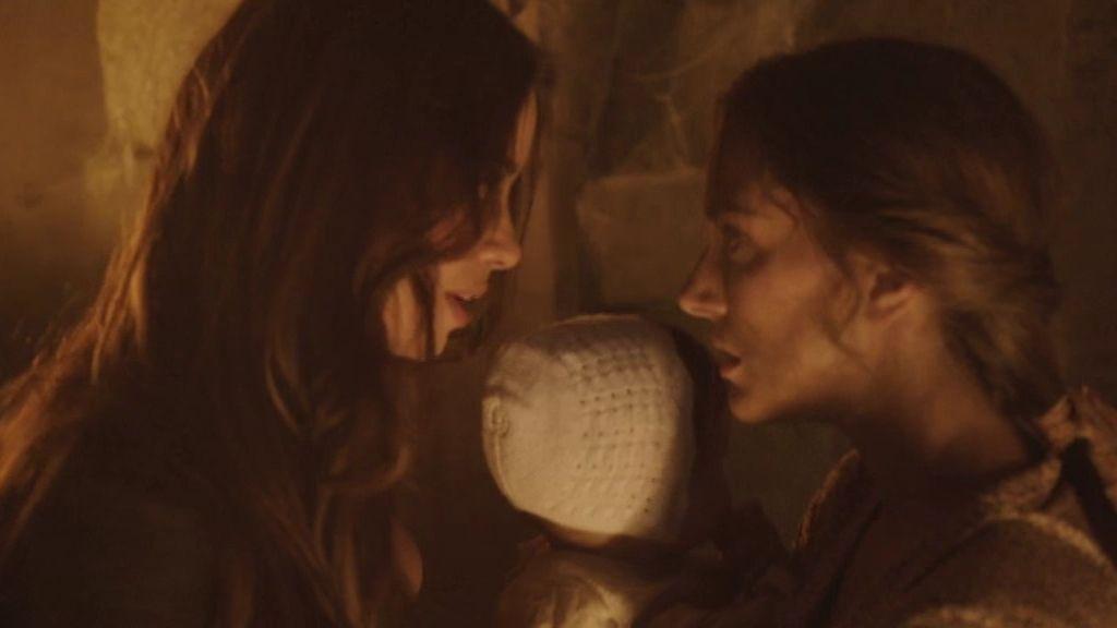 Nieves descubre que su hermana ha sido secuestrada por Don Joaquín