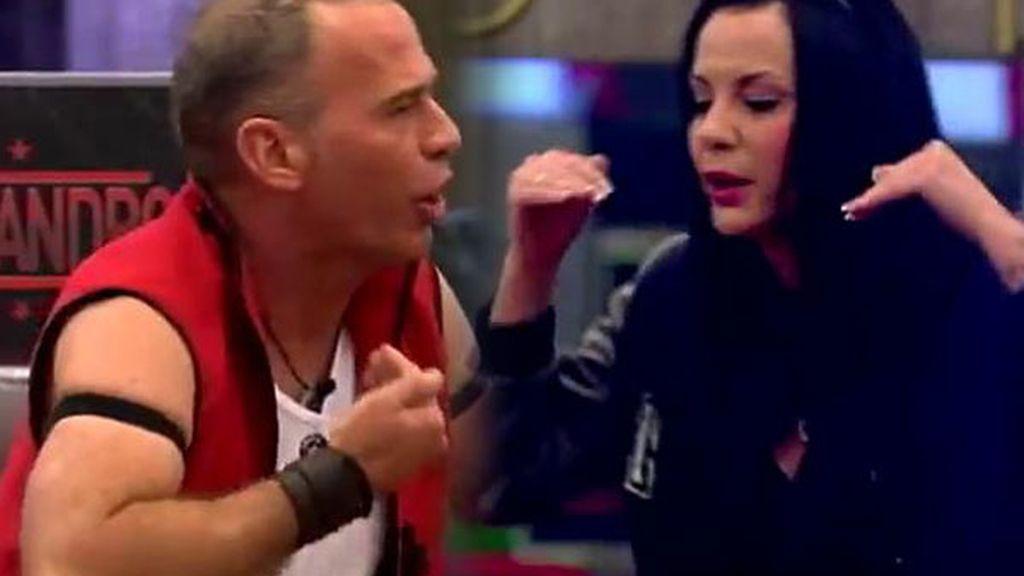 """Laura C. y Carlos Lozano se enzarzan en una pelea: """"Tienes miles de personalidades"""""""