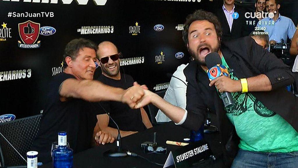 Miguel Martín se atreve a retar a Sylvester Stallone a un pulso chino