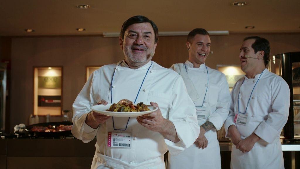 Pepe Leal triunfa en el certamen 'Madrid Experiment'… ¡con una paella de marisco!