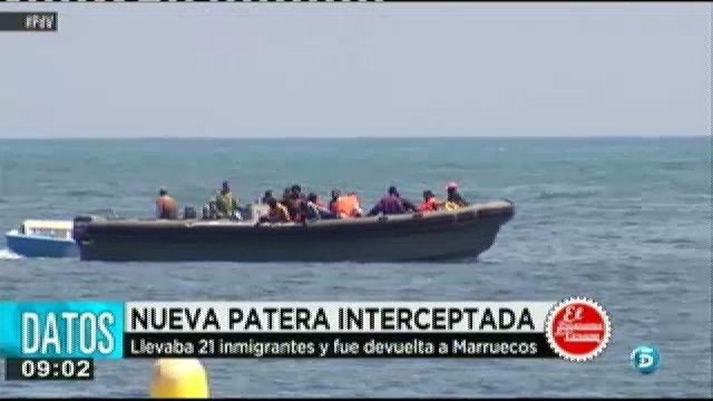 Interceptan una patera con 21 inmigrantes cuando pretendía llegar a Melilla por mar