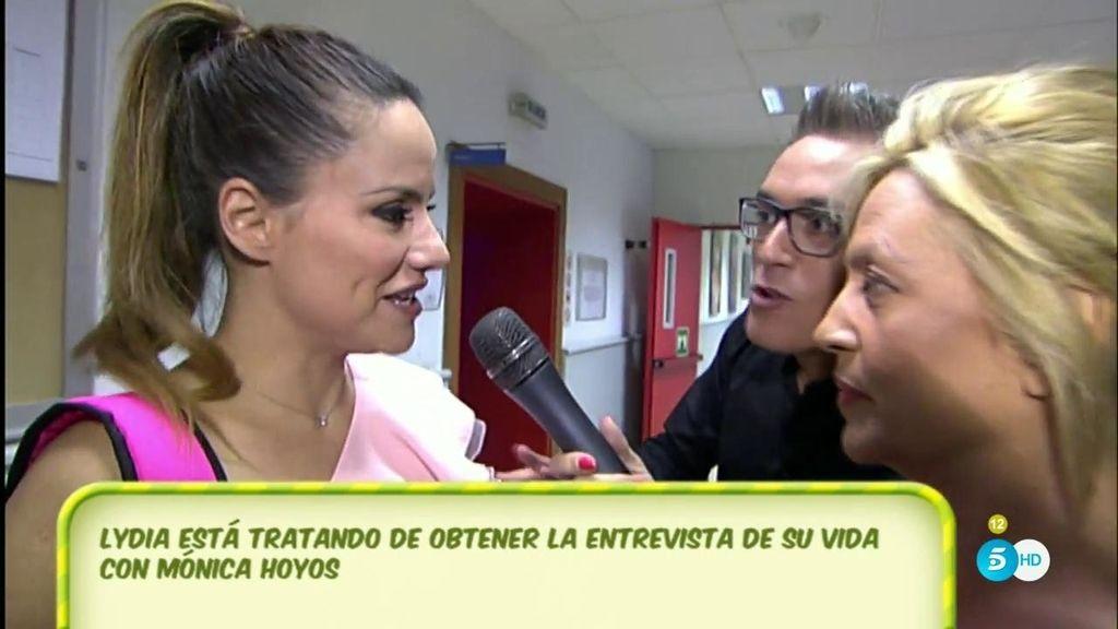 ¿Cómo fue la conversación entre Mónica Hoyos y C. Lozano tras su desencuentro?