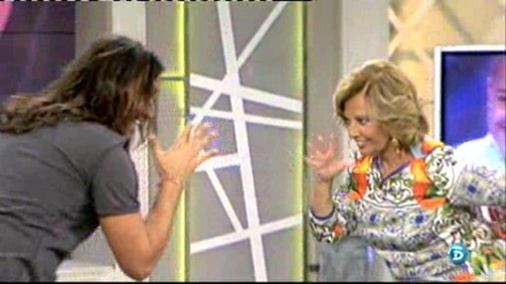 Rafa Méndez consigue bailar una rumba junto a María Teresa Campos