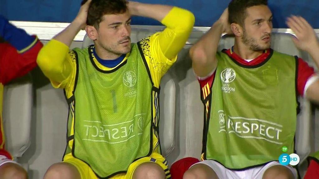 El sufrimiento de Casillas y Koke en el banquillo con el segundo gol de Croacia