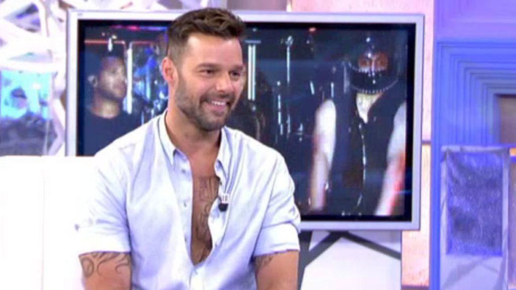 Escritor, diseñador de ropa infantil, músico... las facetas de Ricky Martin