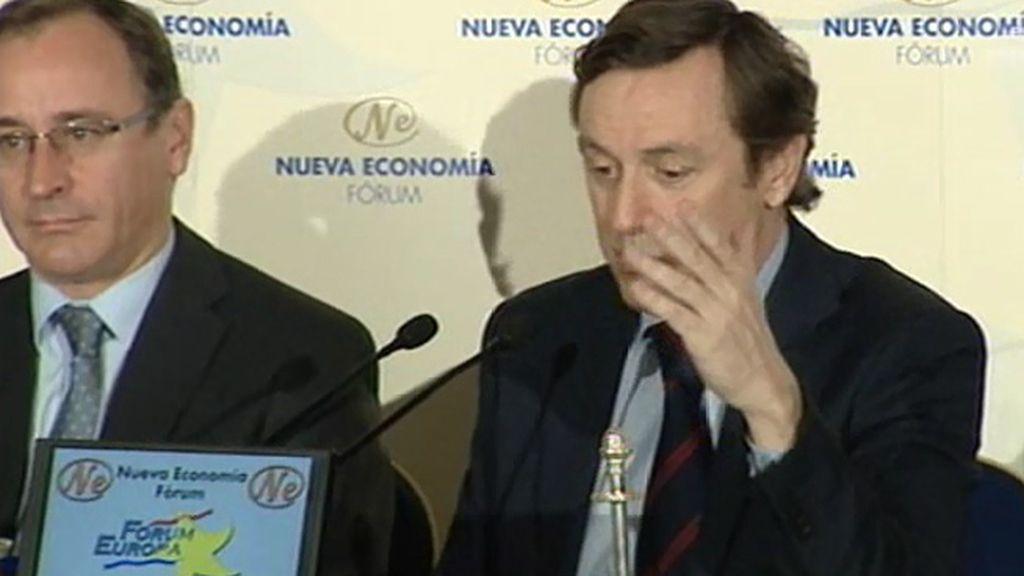 """Hernando, de Podemos: """"No es que sean morados, es que se han puesto morados"""""""