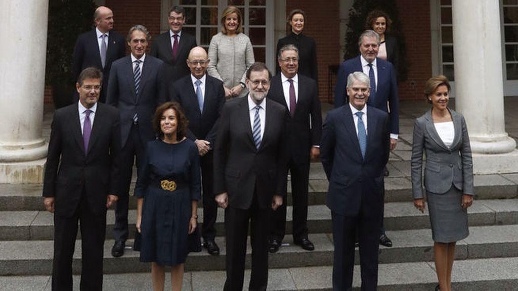 Foto de familia del nuevo Gobierno de Mariano Rajoy