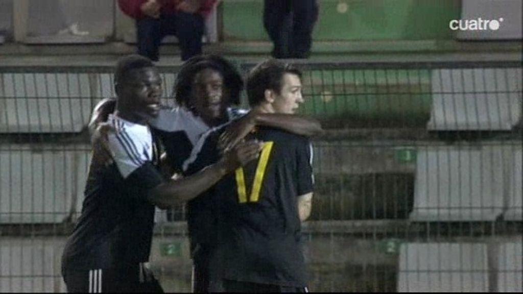 Kayembe tardó poco en marcar distancias para Bélgica tras el gol de Munir
