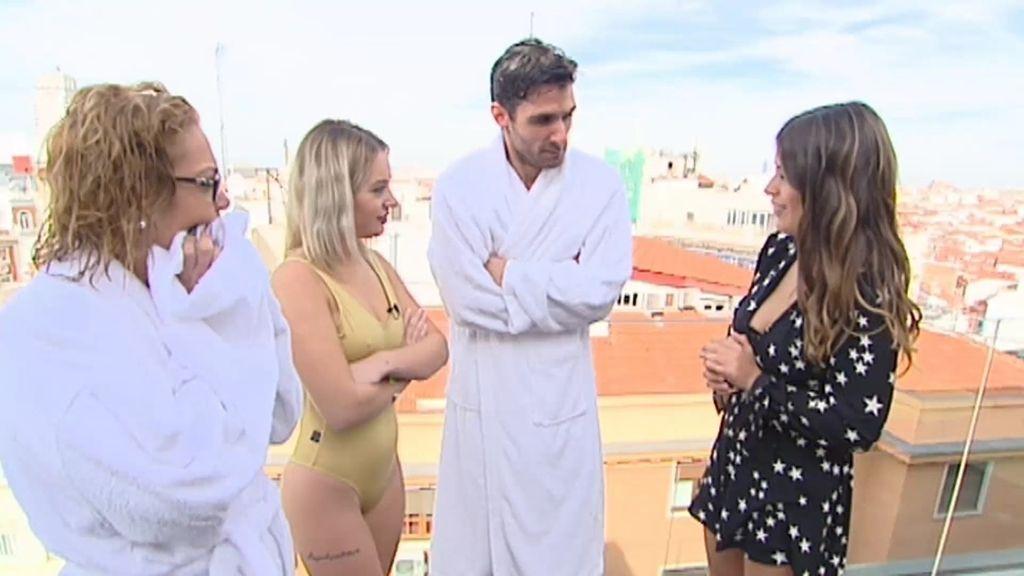 Alejandro, Claudia y Esther se enfrentan en una sesión de fotos bajo el agua