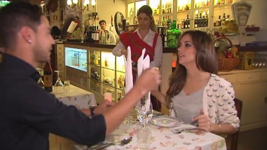 La princesa Laura y Juan Yanes no se entienden en su primera cita