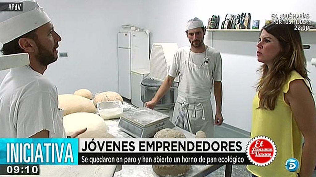 Sergi y Manuel, han creado un horno de pan ecológico